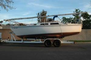 Catalina 25 with Swing Keel on Trailer