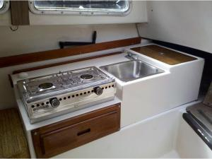Catalina 22 Mark I Slide-out Galley