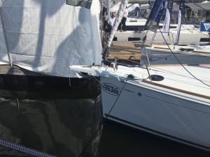 Jeanneau Sun Odyssey 389 Bow