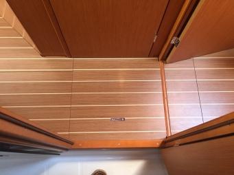 Jeanneau Sun Odyssey 44DS Forward Passageway, View of Sole from Forward Head