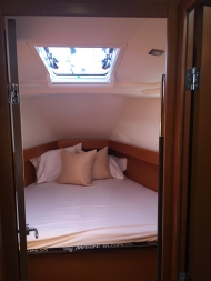 Jeanneau Sun Odyssey 44DS Forward Cabin With V-berth