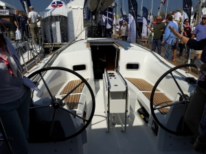 Jeanneau Sun Odyssey 349 Cockpit With Cockpit Table