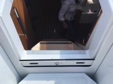 Jeanneau Sun Odyssey 44DS Companionway